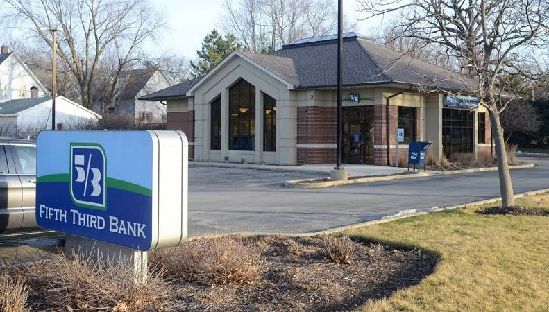 Fifth Third Bank photo free
