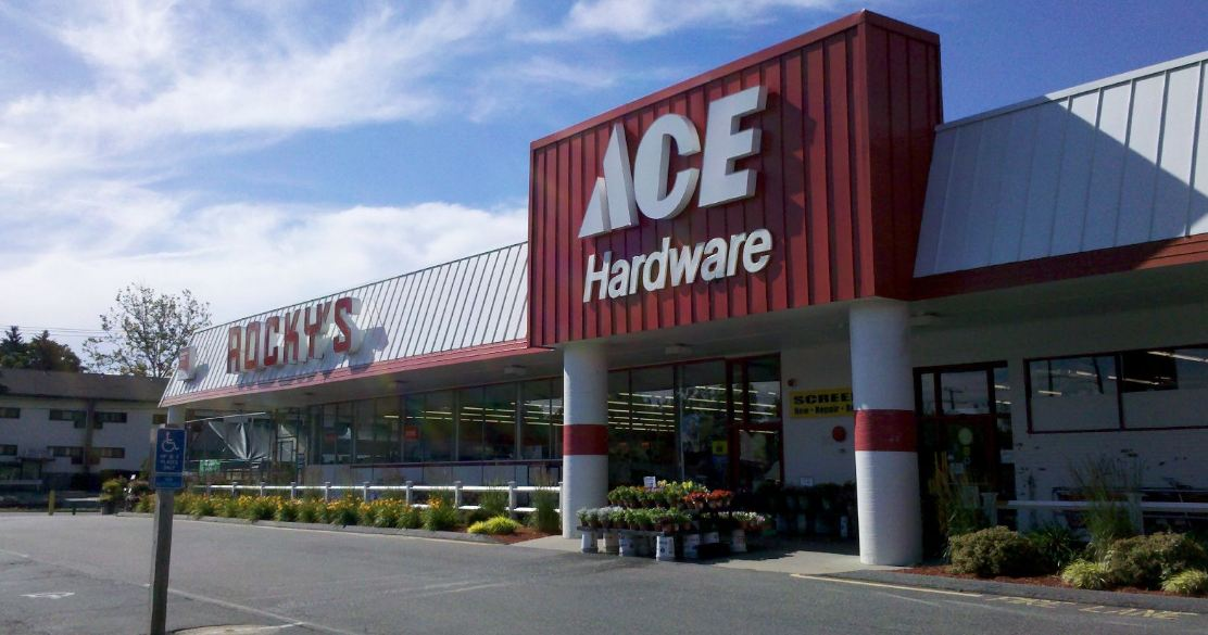 hardware stores near me open on sunday