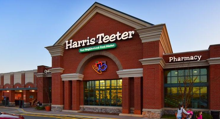 Harris Teeter store outdoor