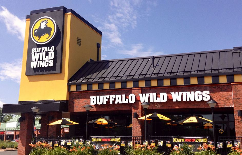 buffalo wild wings store pic
