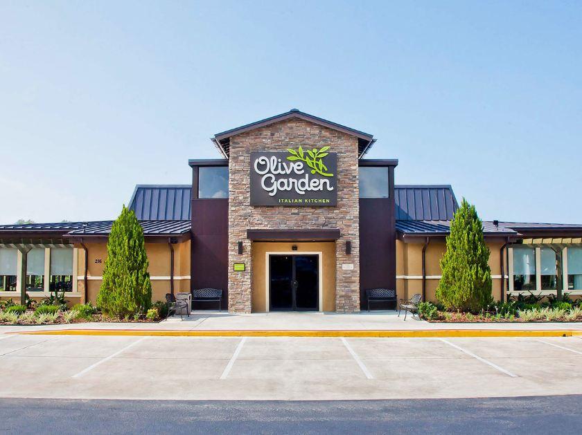 Olive Garden resturant photo